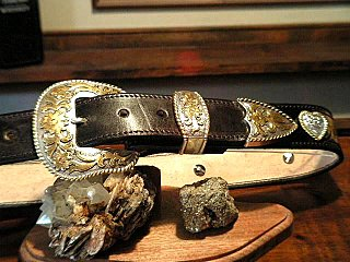 Mottled Black with 6-Hart conchos